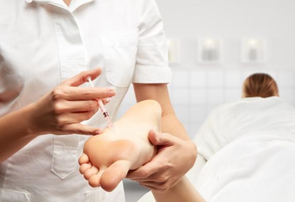 traitement sudation excessive pied